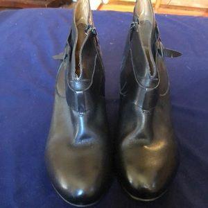 Antropologíe women boots size 8B